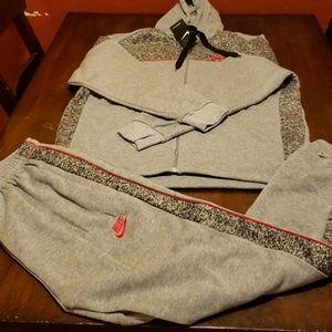 Nike sweatsuit light gray xl